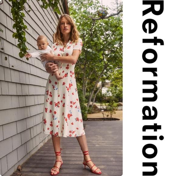 Reformation Dresses & Skirts - Reformation Sheila Floral Dress